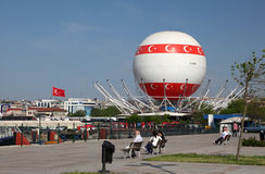 Hot air baloon in Istanbul Royalty Free Stock Photos