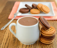 Hot chocolate and cookies Royalty Free Stock Photography