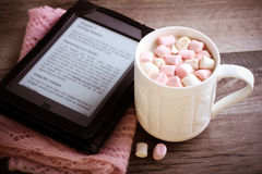 Hot chocolate drink with marshmallow Royalty Free Stock Photos