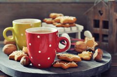 Hot chocolate with ginger cookies Royalty Free Stock Image
