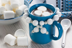 Hot chocolate with marshmallow Royalty Free Stock Photography