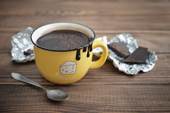 Hot chocolate in mug Royalty Free Stock Images