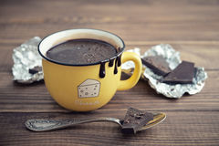 Hot chocolate in mug Royalty Free Stock Photography