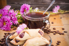Hot coffee with flower Royalty Free Stock Photos