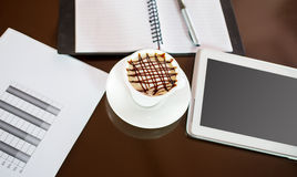 Hot coffee and tablet Royalty Free Stock Images