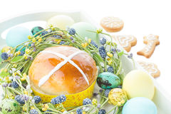 Hot cross buns and easter decorations Royalty Free Stock Photography