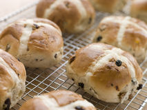 Hot Cross Buns On A Cooling Rack Stock Image