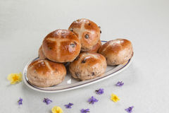 Hot cross buns on an oval plate, Royalty Free Stock Images