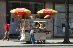 New York City Hot Dog Cart Stock Images