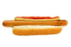 Hot dog classico con ketchup e senape Immagine Stock