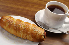 Hot dog and coffee Royalty Free Stock Photography