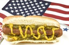 Hot dog con la bandiera americana Fotografia Stock Libera da Diritti