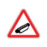 Hot dog di attenzione I pericoli del segnale stradale rosso Cautela degli alimenti a rapida preparazione Fotografia Stock
