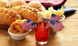 Hot dog ed hamburger fotografia stock libera da diritti
