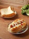 Hot dog i grzanki śniadanie Fotografia Stock
