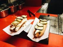Hot-dogs danois traditionnels à Copenhague images libres de droits