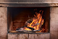 Hot red charcoals in bonefire Royalty Free Stock Photos