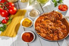 Hot spaghetti with fresh vegetables Stock Photos