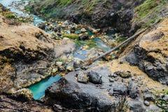 Hot Springs - Mt Rinjani vulkan, Lombok, Indonesien royaltyfri fotografi