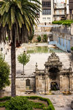 Hot Springs och brunnsort i ett centrum Arkivbild