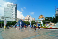 The hot weather, Shenzhen window of the world tourist attractions, there are still a lot of tourists under the scorching sun in th. E play. Tourists or take Stock Photos