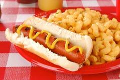 Hotdog en macaroni en kaas royalty-vrije stock foto's