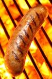Hotdog op een grill Stock Afbeelding