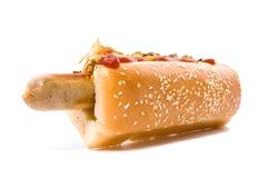 Hotdog whith Zwiebel und Gurke Stockfotos