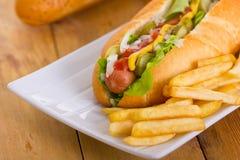 Hotdogs in het broodje met Stock Fotografie
