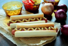 Hotdogs with mustard Royalty Free Stock Images