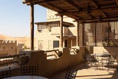 Hotel árabe del estilo en el desierto Imagen de archivo