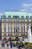 Hotel Adlon in Berlin Stockfotos