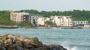 Hotel auf dem Strand in Pomorie in Bulgarien Stockfoto