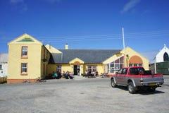 Hotel auf Tory Ireland Lizenzfreie Stockfotos