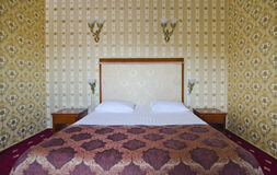 Hotel bedroom. With matrimonial bed Royalty Free Stock Photography