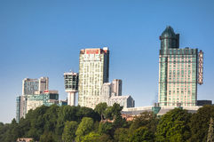 Hotel bij de Niagara-dalingen stock fotografie
