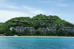 Hotel com vista para o mar no monte Imagem de Stock