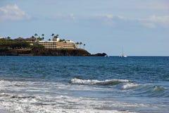 Hotel con la vista del mare Fotografia Stock Libera da Diritti