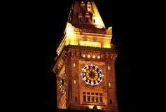 Hotel de aduanas del puerto de Boston en la noche con la iluminación festiva Fotografía de archivo libre de regalías