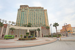 Hotel de Auberge na baía da descoberta, ilha de Lantau, Hong Kong foto de stock royalty free