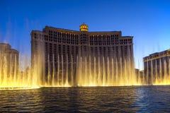 Hotel de Bellagio con los juegos del agua en Las Vegas Foto de archivo
