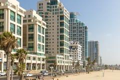 Hotel de cinco estrelas luxuoso na área de recurso de Tel Aviv imagens de stock