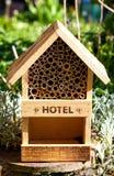 Hotel de la abeja y del insecto Foto de archivo libre de regalías