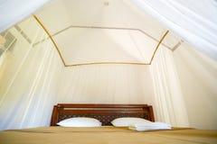 Hotel de la cama en las islas en Asia imagen de archivo libre de regalías