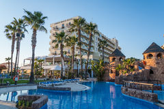 Hotel de la playa de Lordos, Larnaca, Chipre Imagen de archivo