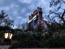 Hotel de la torre de Hollywood en los estudios del ` s Hollywood de Disney fotos de archivo