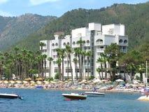 Hotel de lujo con la orilla de la playa en pavo de los marmaris Imagenes de archivo
