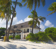 Hotel de luxo em Bweeju, Zanzibar imagem de stock