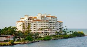 Hotel de luxo na praia sul Fotografia de Stock