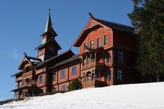 Hotel de parque Oslo de Holmenkollen Noruega fotos de stock royalty free